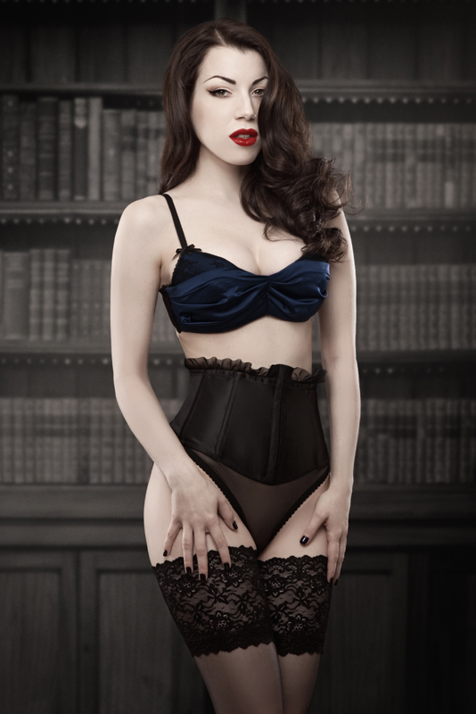 Blue Deville Bra - Limited Edition - Kiss Me Deadly - Size 38